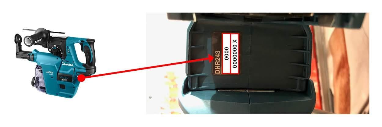 Serienummer op typeplaatje onderkant 1